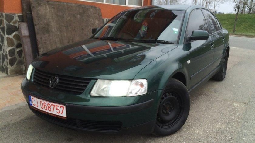 Dezmembrez Volkswagen Passat 1.9 TDI AJM