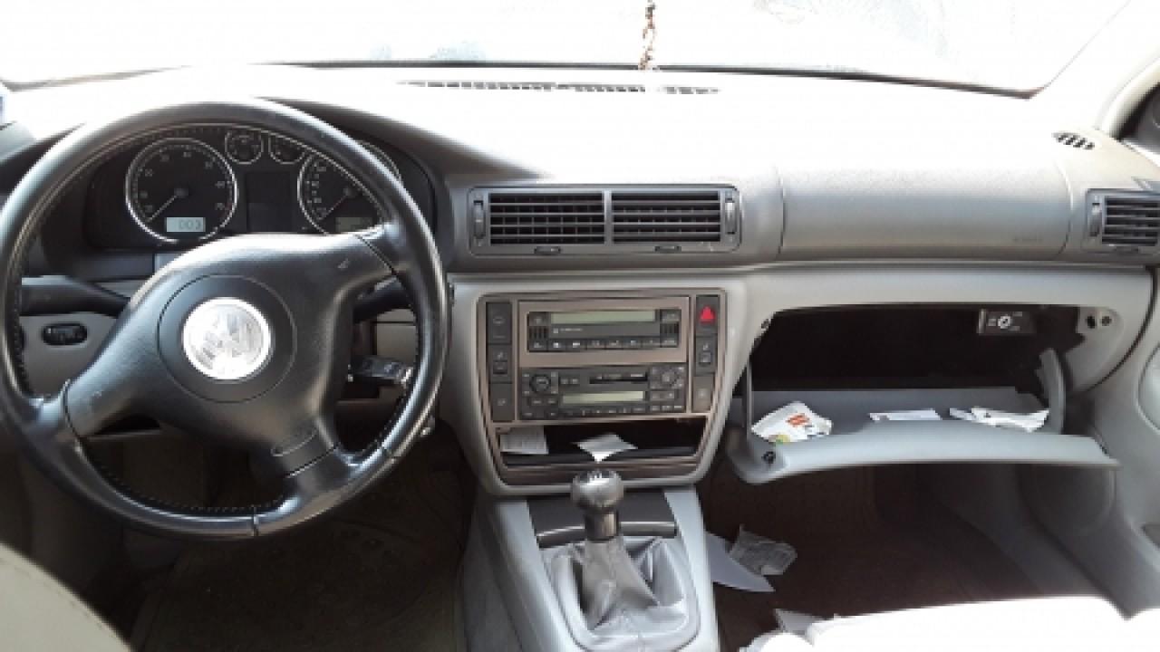 Dezmembrez Volkswagen Passat, an 2004, motorizare 2.0