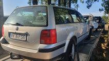 Dezmembrez Volkswagen Passat B5 2000 break 1.6 ben...
