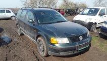 Dezmembrez Volkswagen Passat Variant, an 1998, mot...