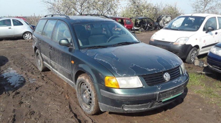 Dezmembrez Volkswagen Passat Variant, an 1998, motorizare 1.9 TDI