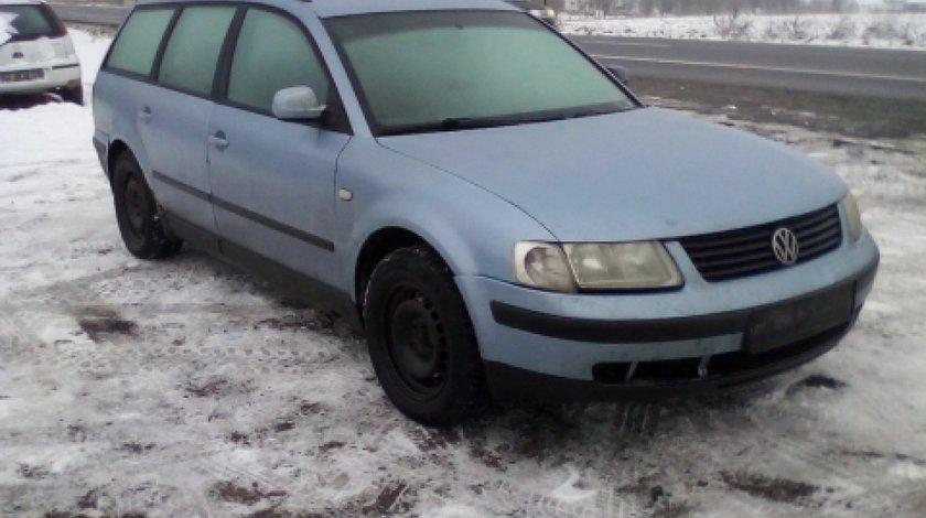 Dezmembrez Volkswagen Passat Variant, an 2000, motorizare 1.9 TDI