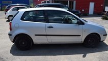 Dezmembrez Volkswagen Polo 9n 1.2 benzina 2004