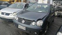 DEZMEMBREZ Volkswagen Polo 9N  an de fabricatie 20...