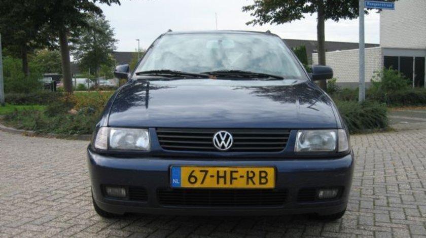 Dezmembrez Volkswagen Polo variant 1 9sdi 2001