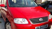 Dezmembrez Volkswagen TOURAN 1.6FSI BLP 2006 Motor...