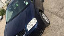 Dezmembrez Volkswagen touran 1.9 BKC 2005