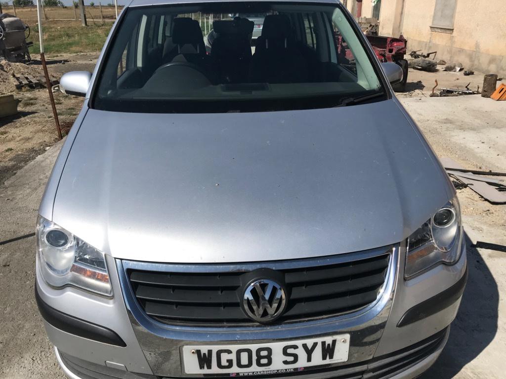 Dezmembrez Volkswagen touran 2008 Facelift 1.9BXF cod culoare LA7W