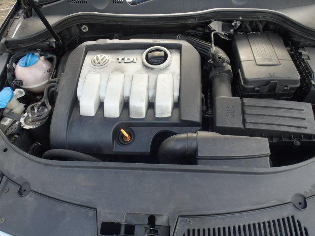 Dezmembrez VW beetle,1.6 SR an 2003 si VW passat B6,1,9 TDI berlina an 2006