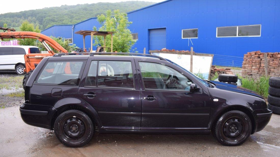 Dezmembrez VW Bora 1.9 TDI AJM culoare LC9Z 528