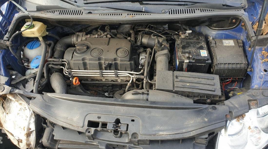 Dezmembrez VW Caddy 1.9 TDi 75 de cai motor BSU 5 trepte manual an 2008