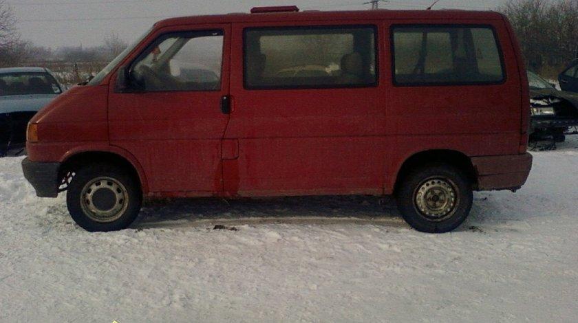 Dezmembrez VW Caravelle