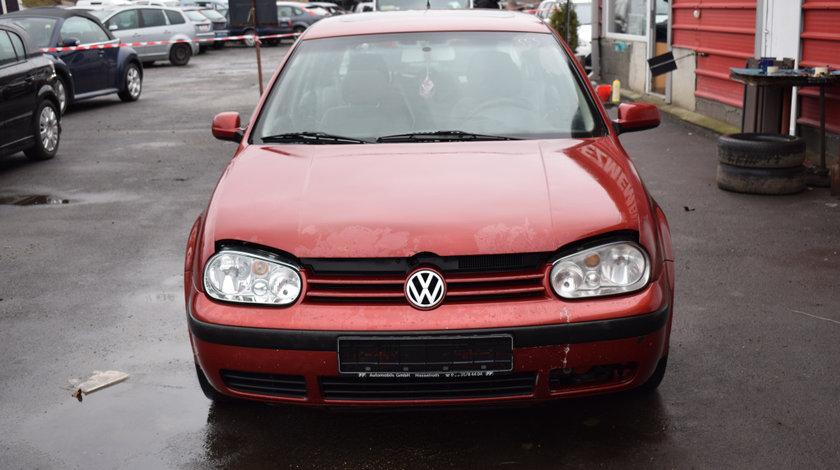 Dezmembrez VW Golf 4 1.9 TDI ALH cod culoare LC3K 555