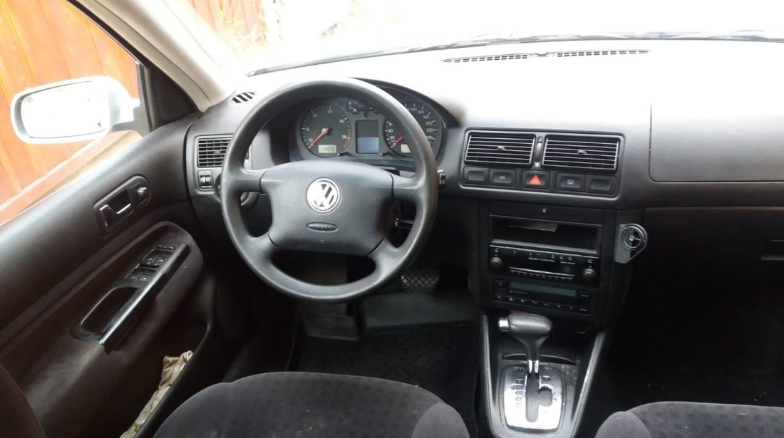 Dezmembrez vw golf 4 break 1.9 tdi 131 cp asz