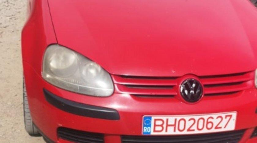 Dezmembrez VW Golf 5, 1.6 FSI