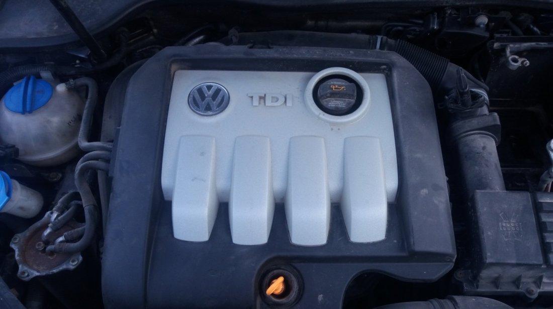 Dezmembrez VW Golf 5 2005 1.9 TDI S 105 cp