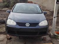 Dezmembrez VW Golf 5 motor 1.9 TDI
