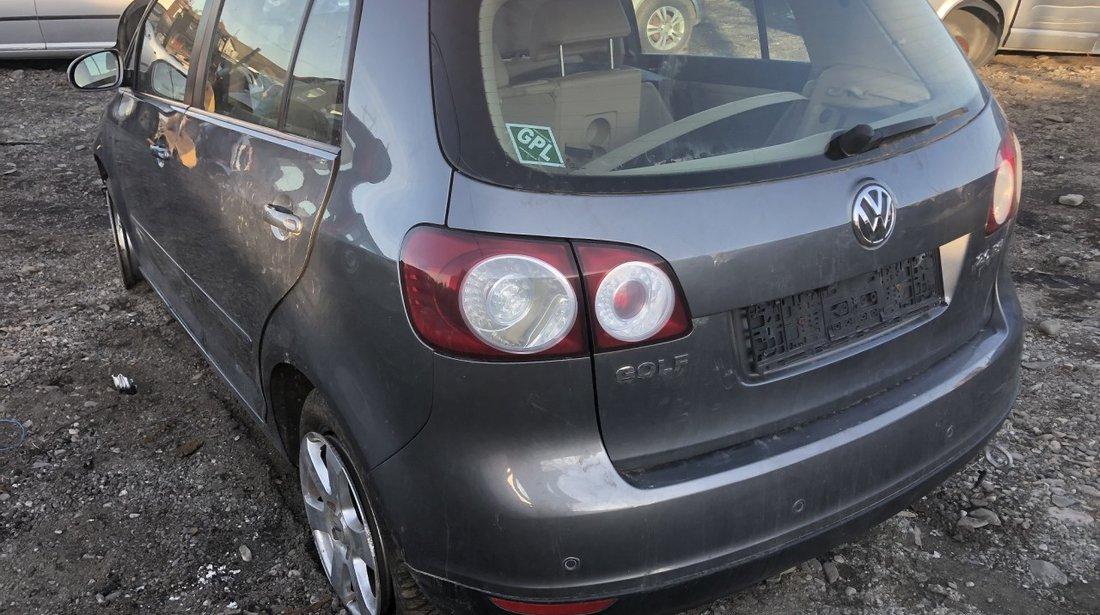 Dezmembrez VW Golf 5 PLUS 2,0 fsi automat