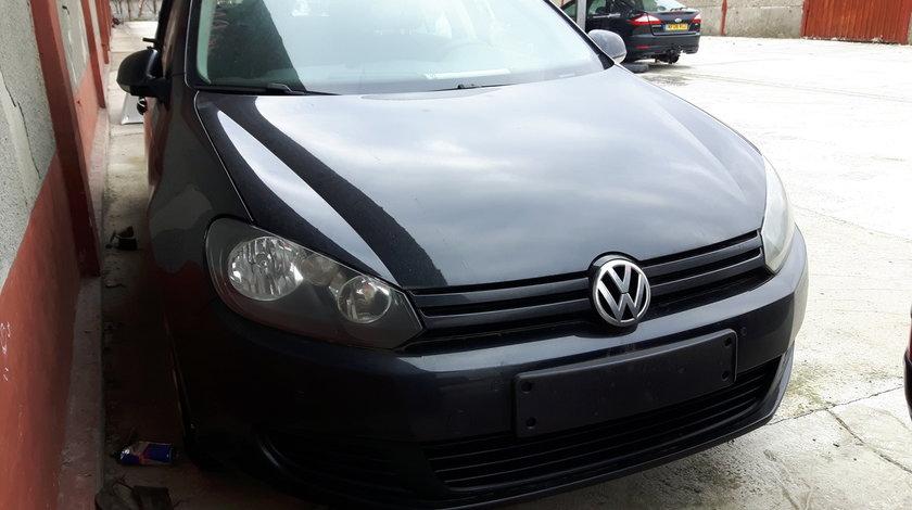 Dezmembrez VW Golf 6 break 1.6 TDI cod motor CAY Cutie manuala 5 trepte 90000km reali