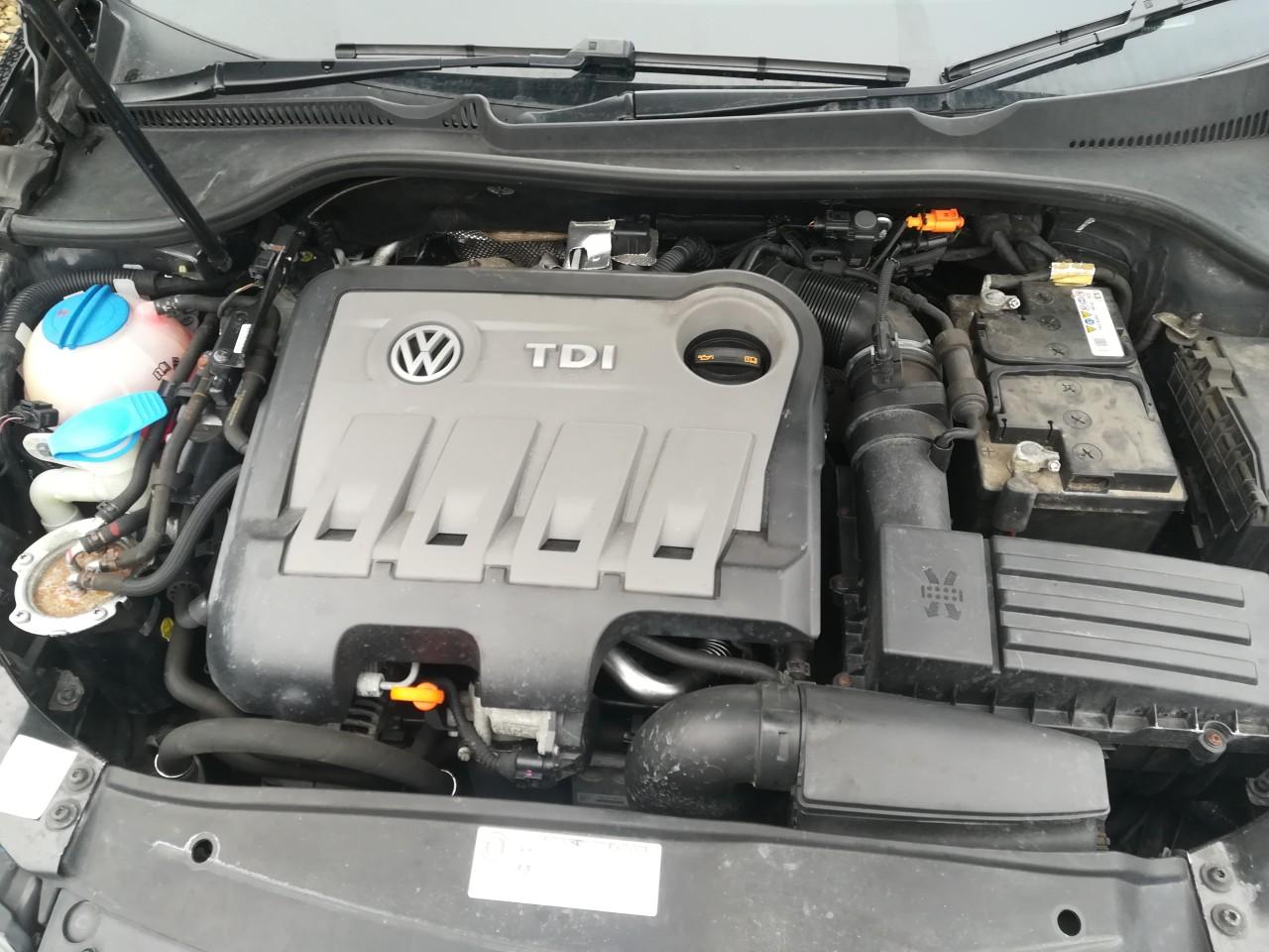 Dezmembrez Vw golf 6 breck combi 2.0 tdi 103kw motor CHF din 2012