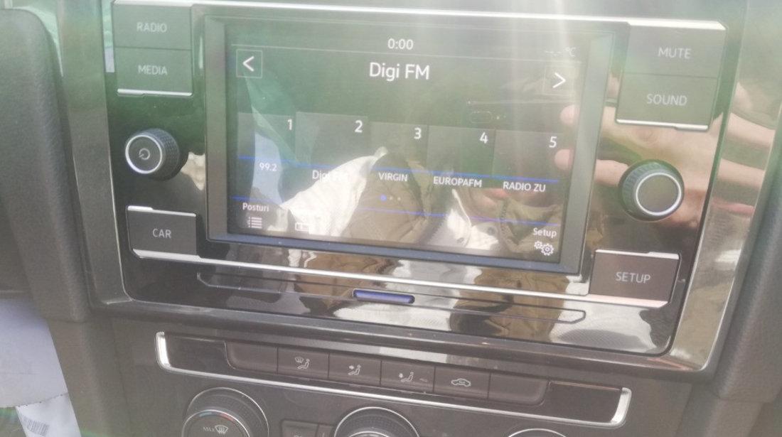 Dezmembrez VW Golf 7 Facelift Variant 1.6 TDI 115 cai motor DGTE AdBlue an 2019  Break Combi
