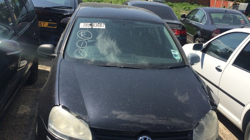 Dezmembrez VW GOLF V 1.6 FSI 2005, 2006, 2007, 2008
