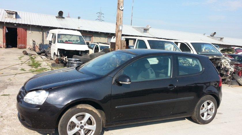 DEZMEMBREZ VW GOLF V 5 2006