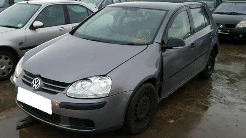 Dezmembrez VW GOLF V, an fabr. 2006, 1.6 FSI