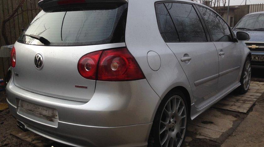 Dezmembrez VW Golf V GTI 2 0TDI 140cp 6 viteze