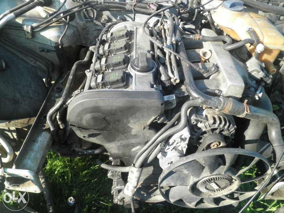 Dezmembrez vw passat 2000 motor 1.8 benzina