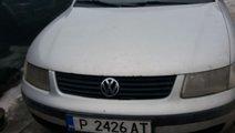Dezmembrez VW Passat B5 1.6 benzina Break