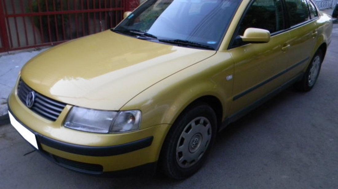 Dezmembrez VW Passat B5 1.6i, 1998