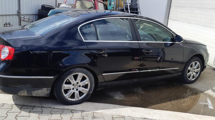 Dezmembrez VW Passat B6, 1.9 diesel, an 2006, BXE