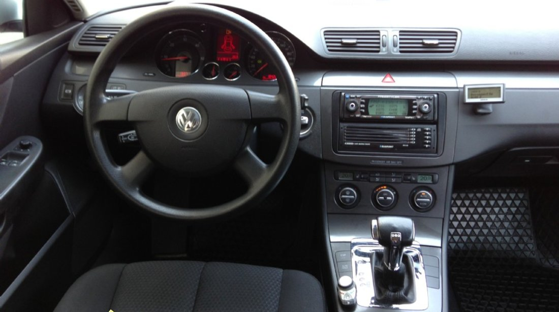 Dezmembrez VW Passat B6 din 2006 1.9TDI sau 2.0TDI