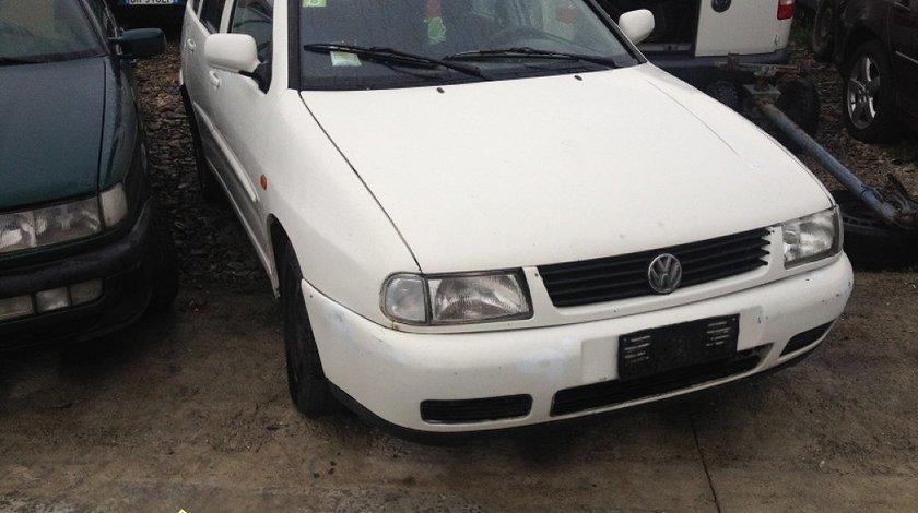DEZMEMBREZ VW POLO 1 9D AN 1998