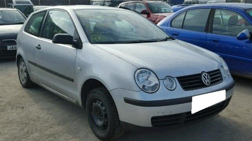 Dezmembrez VW POLO 9N an fabr. 2003, 1.2i 12 V
