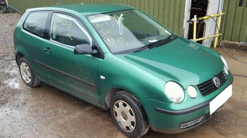 Dezmembrez VW POLO 9N an fabr. 2003, 1.2i 6V