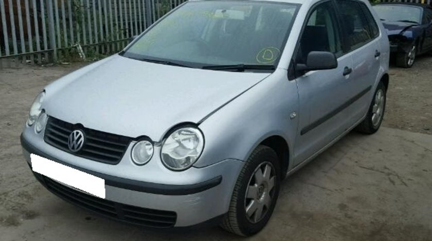 Dezmembrez VW POLO 9N an fabr. 2003, 1.4i 16V