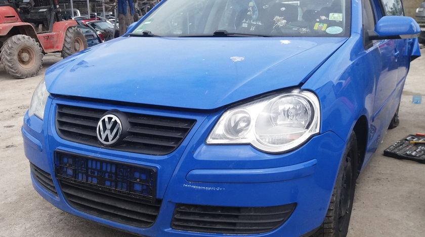 Dezmembrez VW POLO 9N an fabr. 2006, 1.2i 12 V