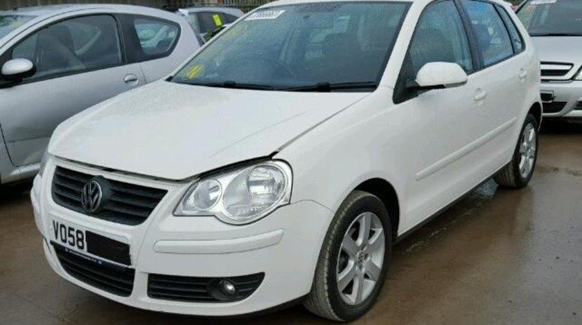 Dezmembrez Vw Polo 9N facelift, 1.4benzina