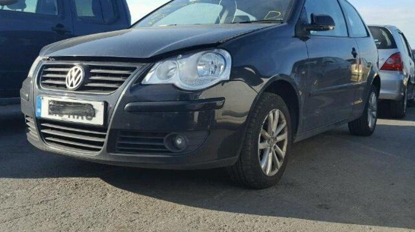Dezmembrez Vw Polo 9N facelift, 1.4tdi