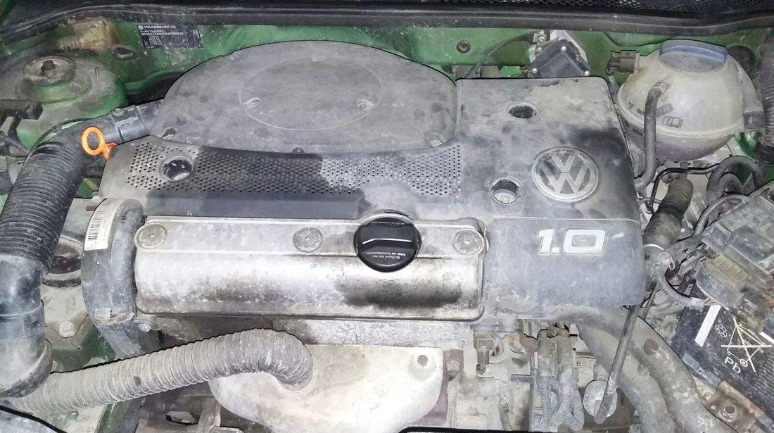 dezmembrez vw polo motor 1.0 benzina an 1997