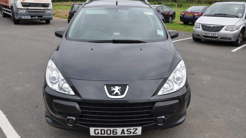 Dezmembreze Peugeot 307 Sw Facelift 1 6 Hdi Din 2008