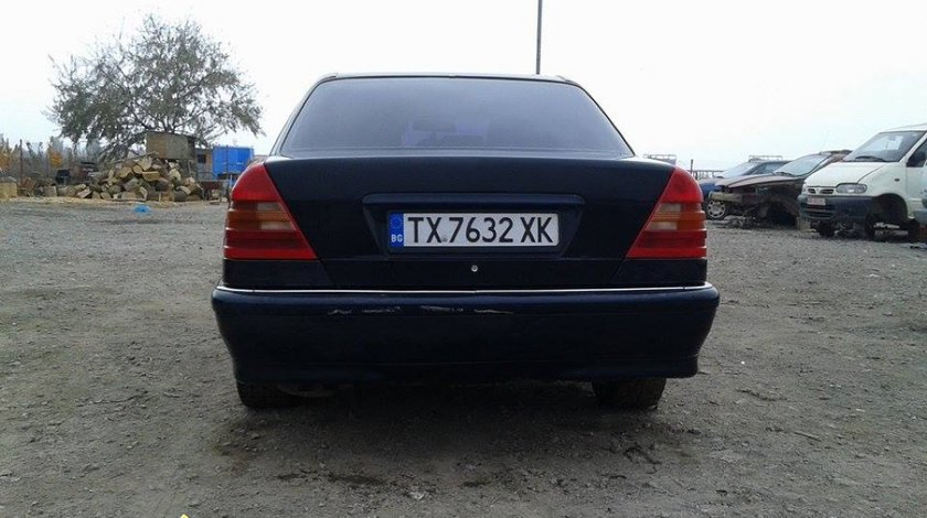 Dezmemebrez Mercedes c 220 cdi an 2000