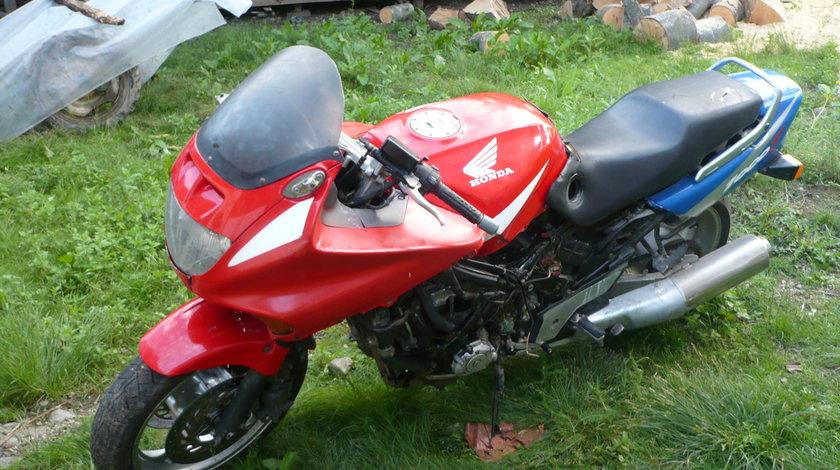 Dezmenbrez Honda Cbr 1000 F 138cp Piese Honda Cbr 1000 F
