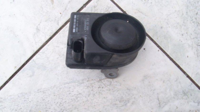 Difuzoare alarma VW Touareg