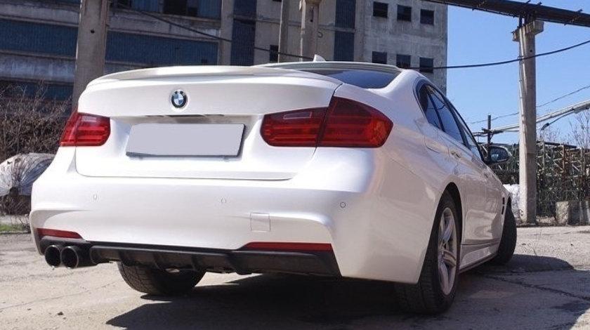 Difuzor bara spate BMW F30 F31 M PERFORMANCE SERIA 3 NEGRU