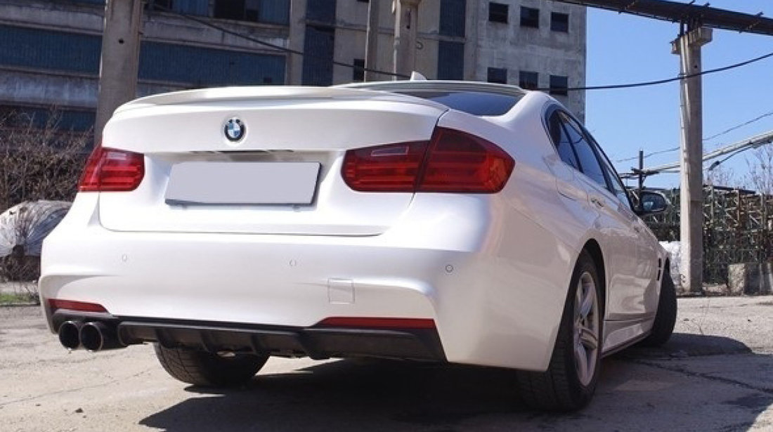 DIFUZOR BARA SPATE BMW SERIA 3 F30/ F31 (11-18) NEGRU M-PERFORMANCE DESIGN