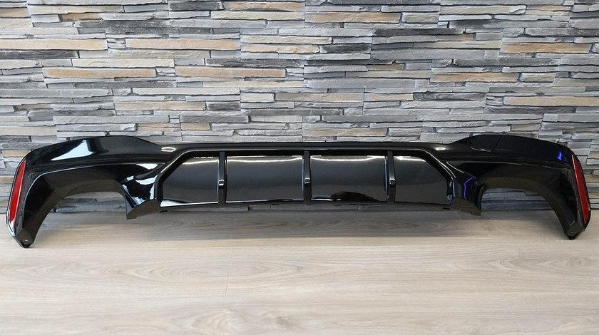 Difuzor bara spate BMW Seria 5 G30 (Dupa-2017) Negru lucios M5 Design