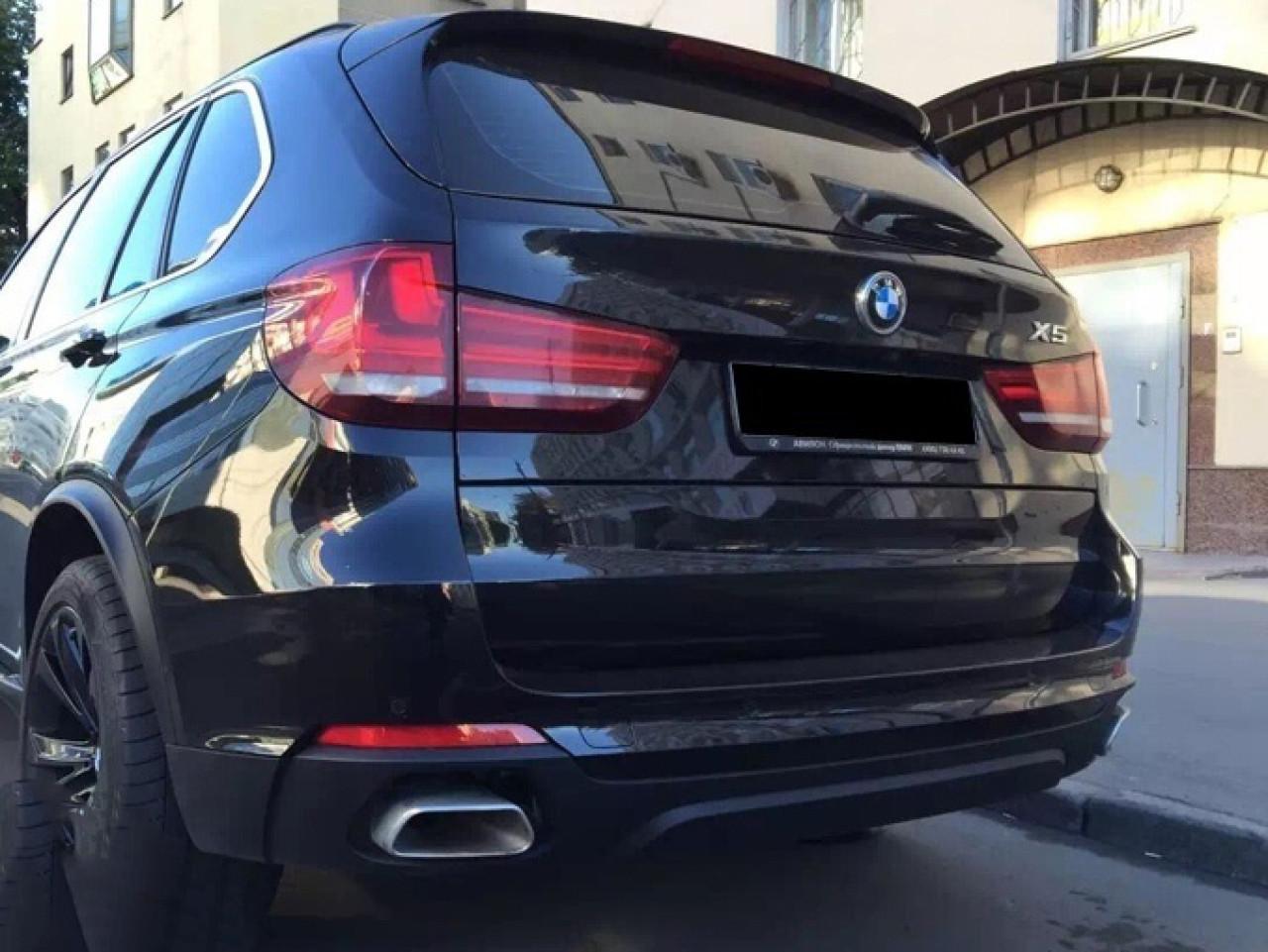 Difuzor bara spate si Ornamente evacuare BMW X5 F15